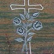 Kreuz mit Rosen auf Halmstadt