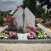 Doppelgrab Multicolor  Friedhof Lichtenau