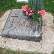 Urnengrab Hymalaya Friedhof Eyb