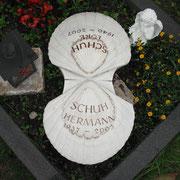 Urnenstein Jakobsmuschel Palisandro Classico Friedhof Eyb