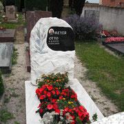 Einzelgrab Estremoz Felsen mit star Galaxy Platte Friedhof Eyb