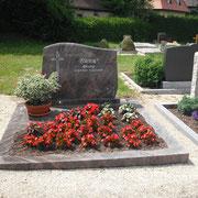 Doppelgrab Hymalaya Friedhof Lichtenau