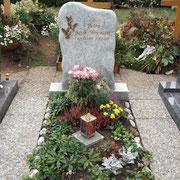 Einzelgrab Wiscount White Friedhof Petersaurach