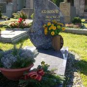 Einzelgrab mit teilabdeckung Orion Stadtfriedhof Ansbach