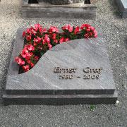 Urnegrab Paradiso Friedhof Sachsen