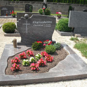 Doppelgrab Paradiso Friedhof Lichtenau