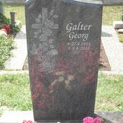 Einzelgrabstein Orion mit Steinradierung Friedhof Königshofen