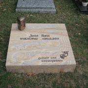 Urnengrabplatte Rainbow Waldfriedhof Ansbach