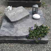 Urnengrab Orion Friedhof Sachsen