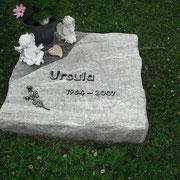 Urnengrab Multicolor Grün Friedhof Eyb