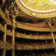 オペラ座の中、素晴らしい!