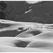 Cordée sur le glacier des Courtes.