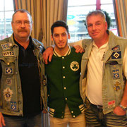 Udo, Hakan Calhanoglu und Michael
