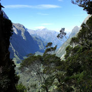 The view from the ridge down to the Milford Sound Fjord. © Christopher Igel