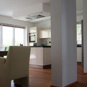 Essen und Kochen, offener moderner Raum