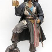 figura de pirata con barril de cerveza