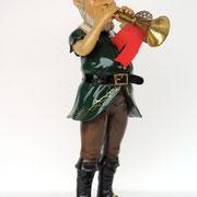 elfo con trompeta