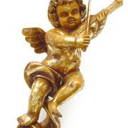 ángel de pared con violín