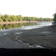 Vue du fond du barrage de Peyrissac