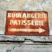 (1435) Direction la boulangerie