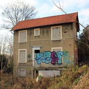 (1344) Maison