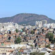Vue sur une favela (2793)