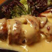 鶏のクリームチーズ包み焼き
