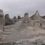 Au nord de Lakselv : Trollholmensund; formation calcaire dolomitique