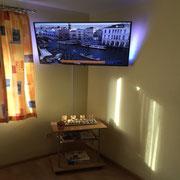 Ferienwohnung Silvia - 43 Zoll UHD TV mit Ambilight