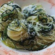 Capellini mit Mönchsbart und Parmesan.