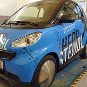 Unser neues Kundenmobil - der Smart fortwo fällt auf!