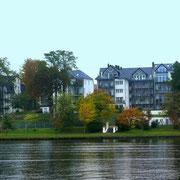 Traumhafte Villen am Ufer von Gehlsdorf