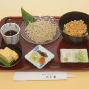 07わた膳 海鮮かき揚げ丼とせいろそば(営業時間11:30〜14:00)