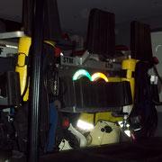 Die zwei, im Mannschaftsraum verladenen, Atemschutzgeräte können wärend der Fahrt angelegt werden.