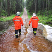 Vogtlandsee - Damm überschwemmt - Damm droht zu brechen! Durch eine unklare Meldung wurden einige Feuerwehren der Umgebung zum Vogtlandsee alarmiert.