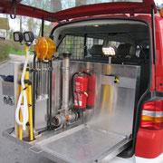 Die Transportkiste kann herausgenommen werden und es entsteht eine zusätzliche Ladefläche.