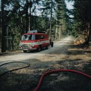 Waldbrand am Hirschteich in Albertsberg - hier noch unser KLF auf B1001 4 Takt                                                Foto: B.Seidel
