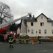 Es war die Feuerwehr Vogelsgrün sowie die Drehleiter und das Tanklöschfahrzeug der Feuerwehr Auerbach im Einsatz.
