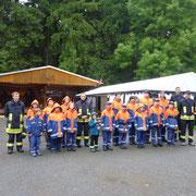 Die Jugendfeuerwehr Vogelsgrün und Auerbach bei der Eröffnung.