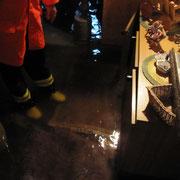 Das Wasser stand im Keller ehe man das Inventar in Sicherheit bringen konnte.
