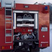 Im Geräteraum 7, sieht man die festeingebauten Pumpe FP 8/8 sowie 6 Saugleitungen.