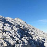 der 1. Gipfel, das Hocheck, kommt in Sicht