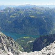 der Königssee, hier kommt auch irgend wo der Ausstieg aus der 1000m hohen Ostwand heraus