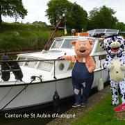 Les mascottes sur la rive