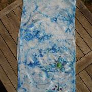 Pañuelo azul 180 x 40 cm. 48 €