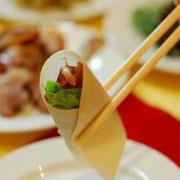 北京ダック、海老すり身の揚げ物(イメージです)