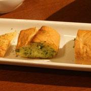 海老パンとガーリックトースト