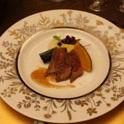県産和牛のステーキ