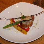 祝い鶏とベーコンのインボルティーニ