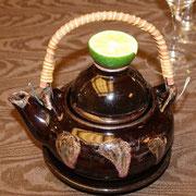 国産松茸の土瓶蒸し